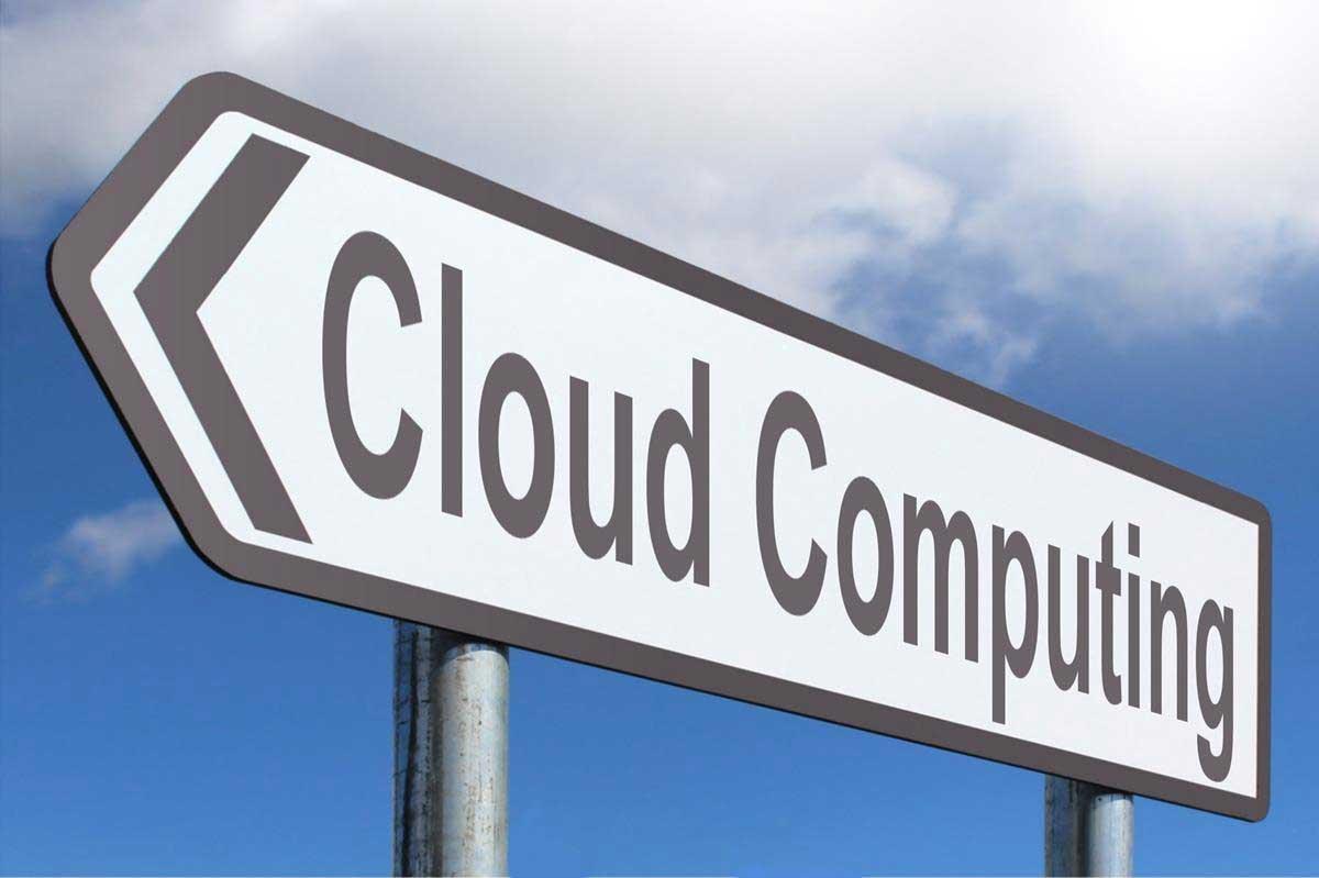 Skylt med texten 'Cloud computing'